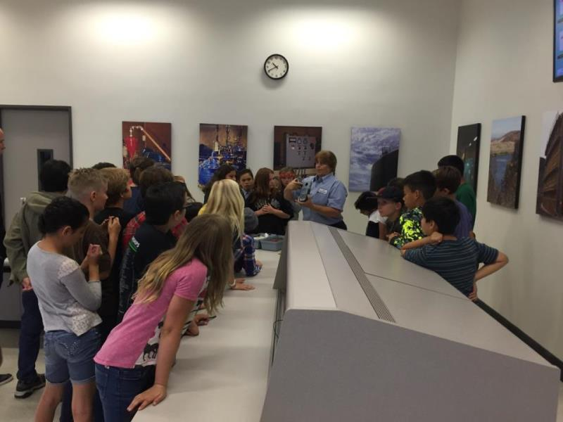 Student tour of water operations department